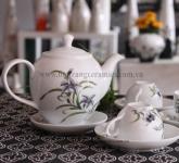 Bộ tách trà sứ men trắng vẽ hoa lan tím